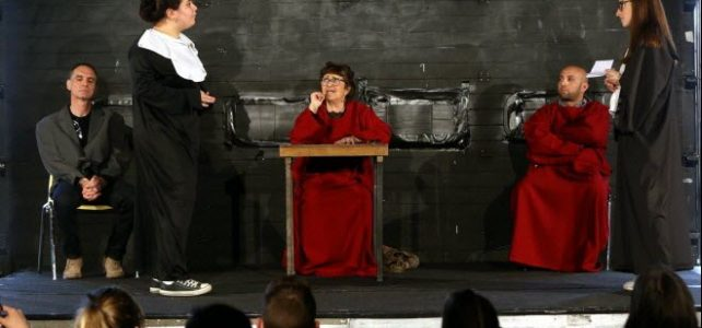 Un concours d'art oratoire pour se préparer à la négociation